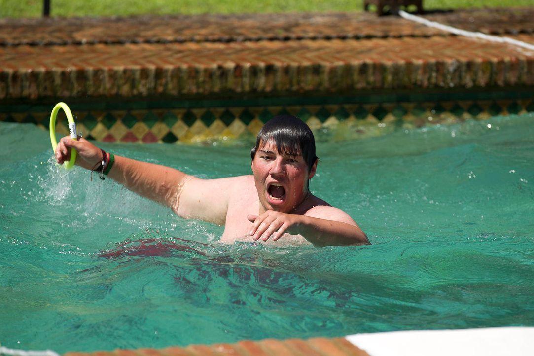 Auch Patrick ertaucht einen Ring nach dem nächsten, doch die Konkurrenz schläft nicht ... - Bildquelle: Enrique Cano SAT.1