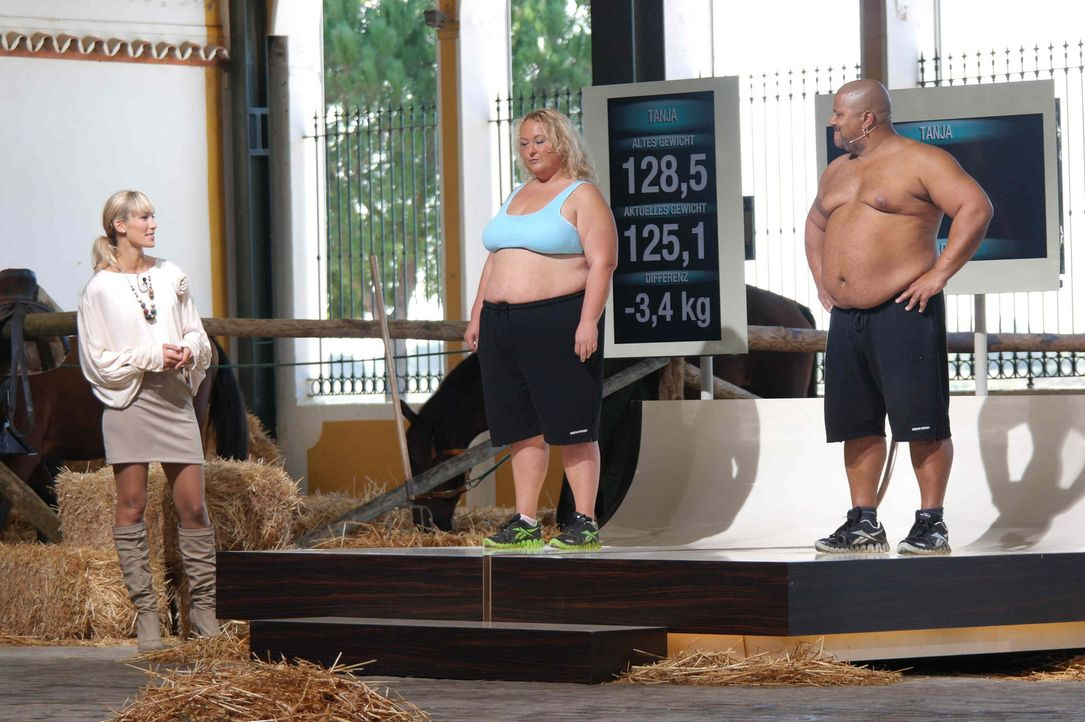 """Die Kandidaten (Tanja, l. und Jack, r.) von """"The Biggest Loser"""" müssen zum großen  Wiegen. Dabei zeigt sich ob sie das Training und die Wettkämpf... - Bildquelle: Enrique Cano SAT.1"""