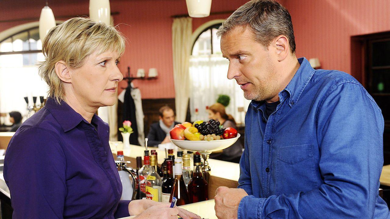 Anna-und-die-Liebe-Folge-583-02-SAT1-Oliver-Ziebe - Bildquelle: SAT.1/Oliver Ziebe