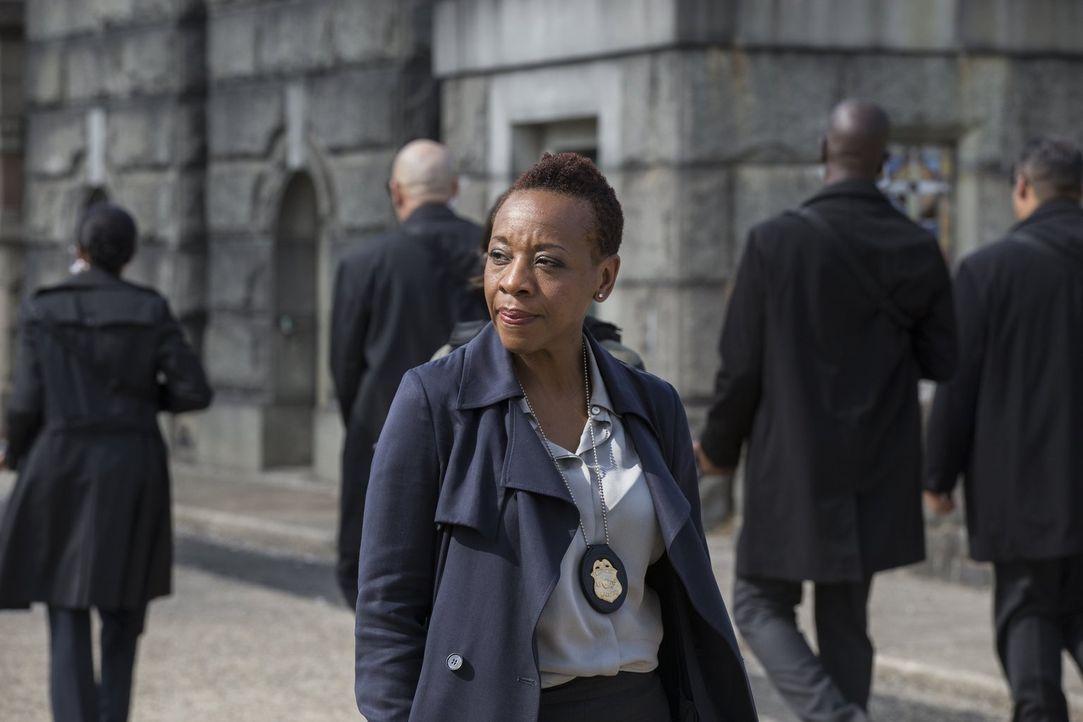 Obwohl der DNA-Test von Jane eine 99,9 prozentige Übereinstimmung mit Wellers ehemaliger, mit fünf Jahren entführter Nachbarin Taylor Shaw ergab, wi... - Bildquelle: Warner Brothers