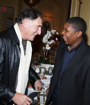 Judd-Hirsch-Denzel-Whitaker-07-12-12-getty-AFP-300x348 - Bildquelle: getty-AFP