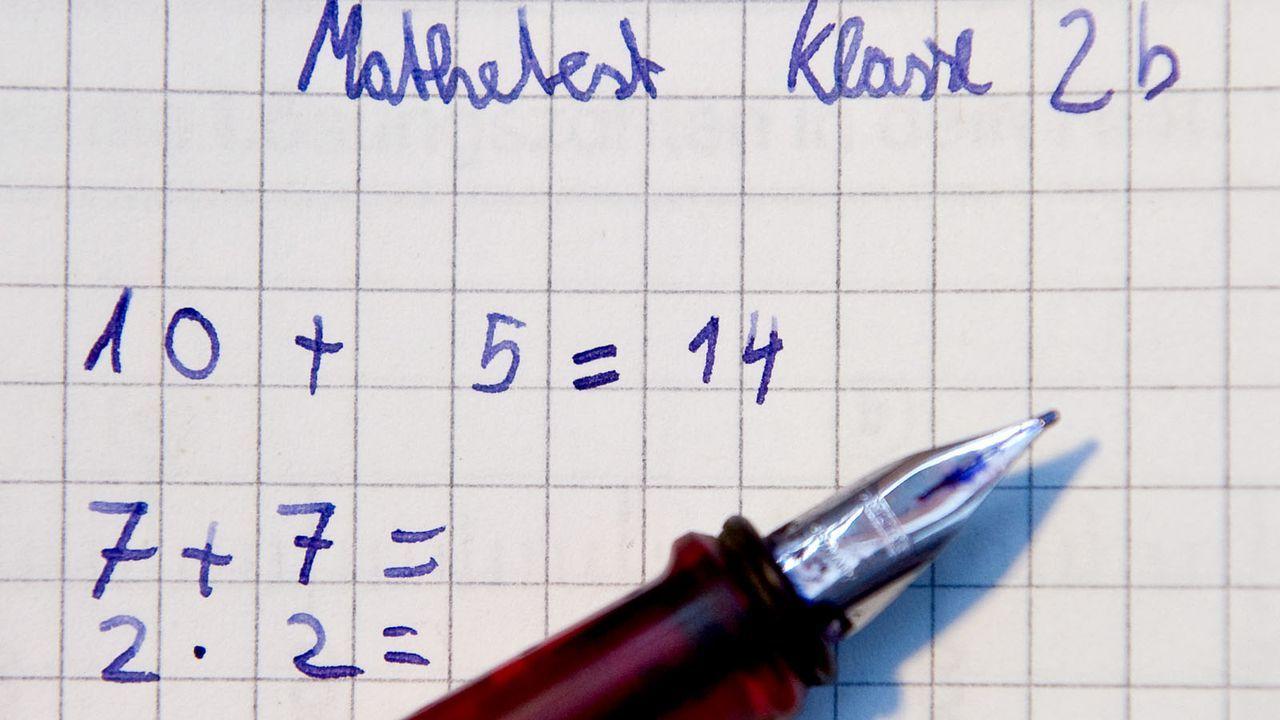 Mathematik - Bildquelle: dpa