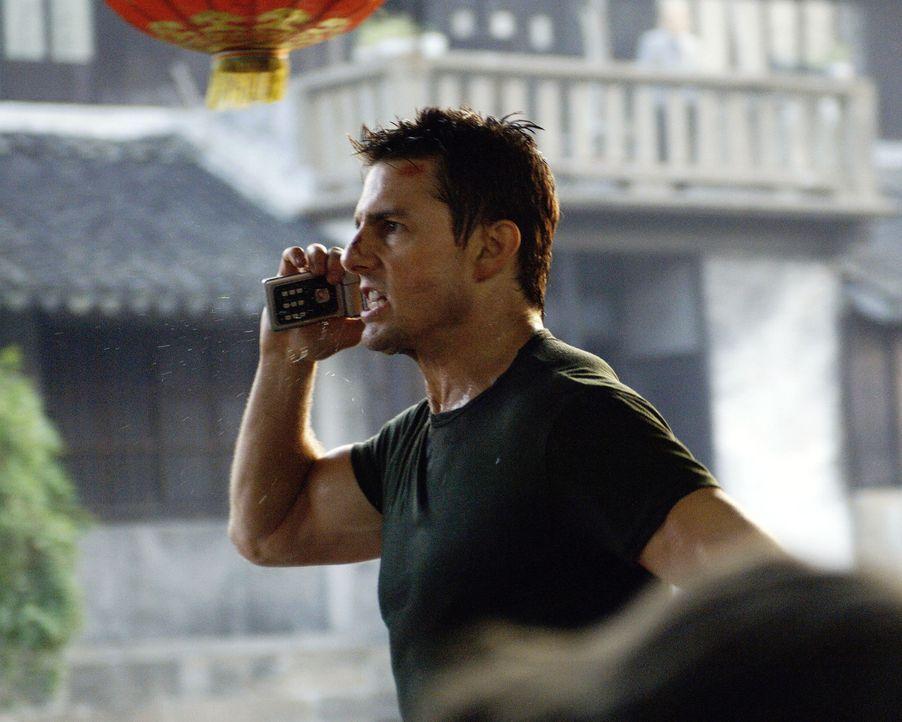 Ethan Hunt (Tom Cruise) erhält gegen seinen Willen den Auftrag, der in großen Schwierigkeiten steckenden Agentin Lindsey Ferris, die von ihm ausge... - Bildquelle: 2005 by PARAMOUNT PICTURES. All Rights Reserved.