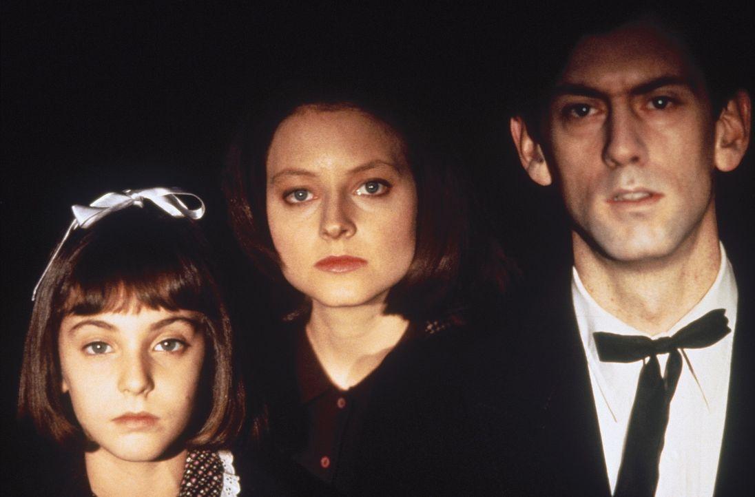 Nach und nach gelingt es Lecter, immer tiefer in Clarices (Jodie Foster, M.) Vergangenheit zu wühlen und Blick in ihre Seele als Kind (Masha Skorob... - Bildquelle: Orion Pictures Corporation