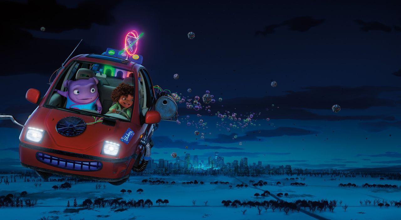 Die ungleichen Freunde Oh (l.) und Tip (r.) müssen zusammen nicht weniger als die Erde sowie die Heimat des Außerirdischen Oh retten. Ein ganz beson... - Bildquelle: 2015 DreamWorks Animation, L.L.C.  All rights reserved.