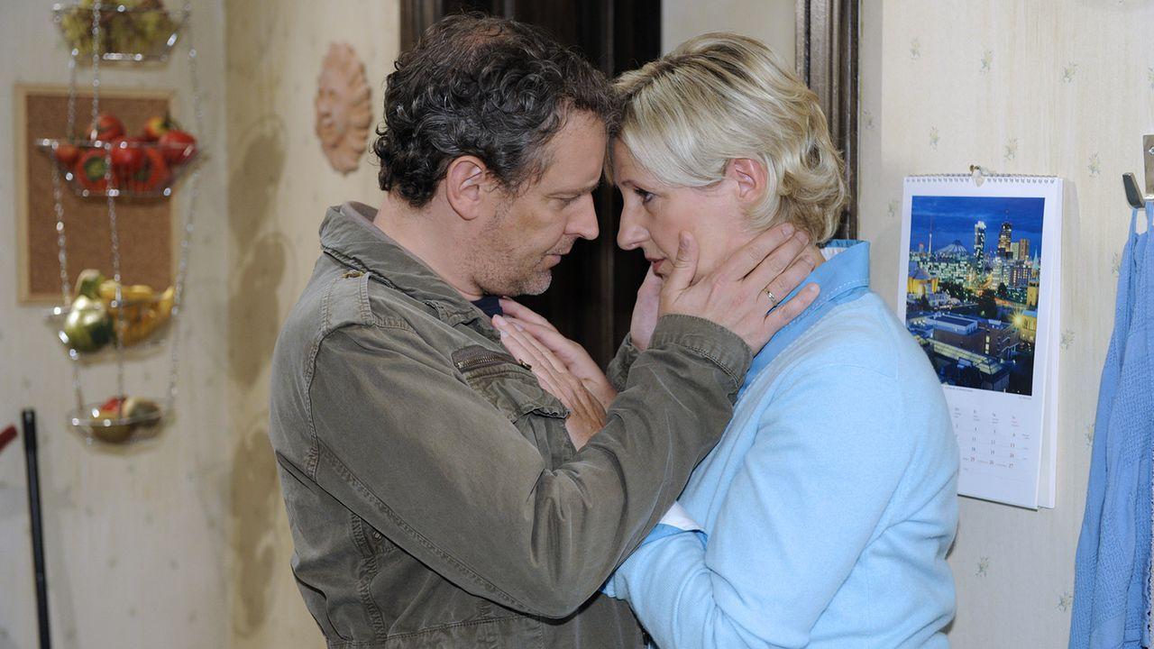 Anna-und-die-Liebe-Folge-328-02-Sat1-Claudius-Pflug - Bildquelle: SAT.1/Claudius Pflug