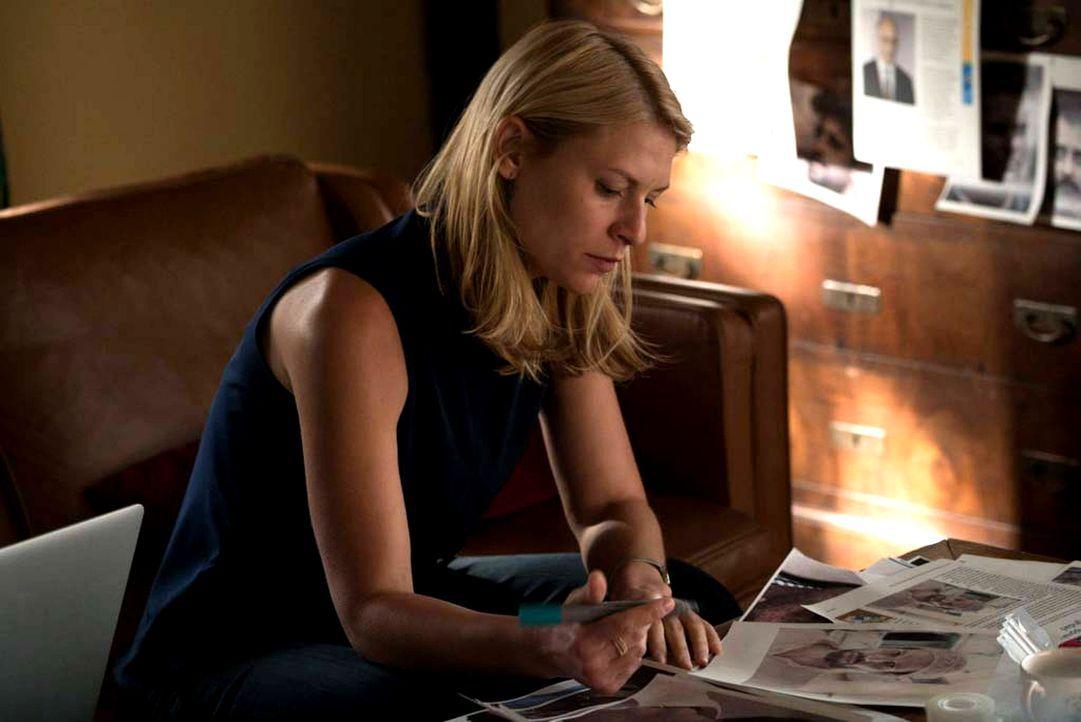 Carrie (Claire Danes) entschließt sich dazu, ihre Medikamente abzusetzen, da sie glaubt, so besser ermitteln zu können. Sie muss unbedingt herausfin... - Bildquelle: Stephan Rabold 2015 Showtime Networks, Inc., a CBS Company. All rights reserved.