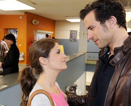 Missgünstig beobachtet Ben wie Bea mit Michael anbandelt. - Bildquelle: Christoph Assmann - Sat1