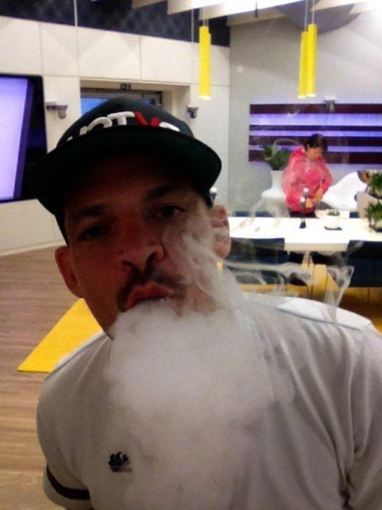 TM_BT_raucht[1]