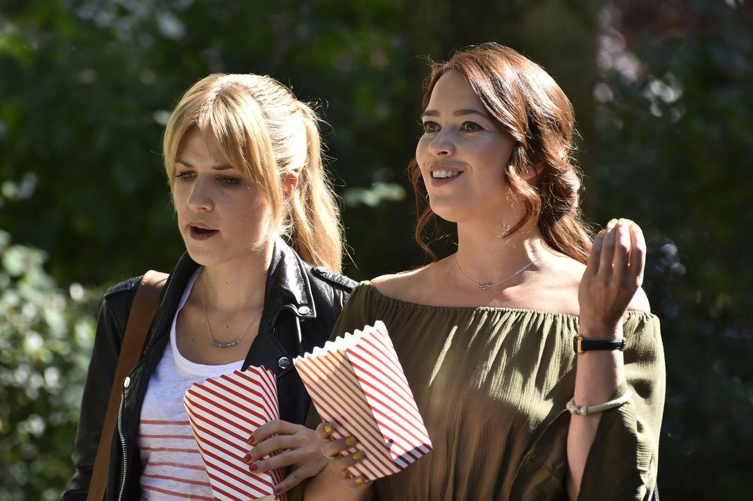 Zwischen Mila (Susan Sideropoulos, l.) und Nick herrscht Krieg - schließlich ist Nick indirekt Schuld daran, dass sie wieder Single ist. Kann Sally... - Bildquelle: Claudius Pflug SAT.1