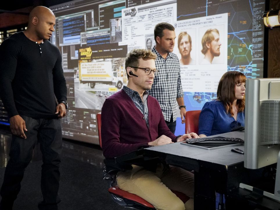 (v.l.n.r.) Sam Hanna (LL Cool J); Eric Beale (Barrett Foa); G. Callen (Chris O'Donnell); Nell Jones (Renée Felice Smith) - Bildquelle: Bill Inoshita 2018 CBS Broadcasting, Inc. All Rights Reserved/Bill Inoshita