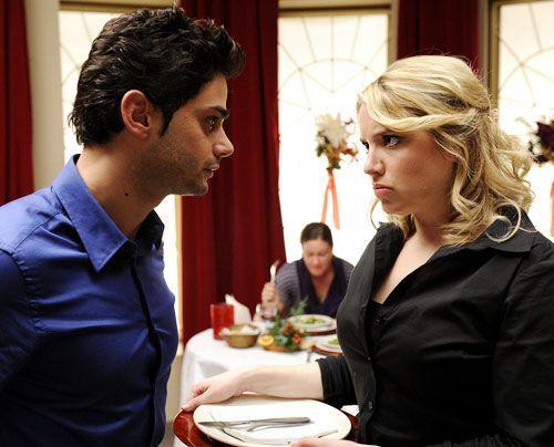 Sebastians Erklärungsversuche münden in einem offenen Streit mit Miriam. - Bildquelle: Christoph Assmann - Sat1