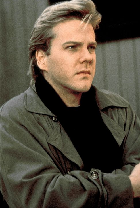 Nach Beendigung des Experiments fühlt sich Nelson (Kiefer Sutherland) massiv von den Schatten der Vergangenheit bedroht ... - Bildquelle: Columbia Pictures