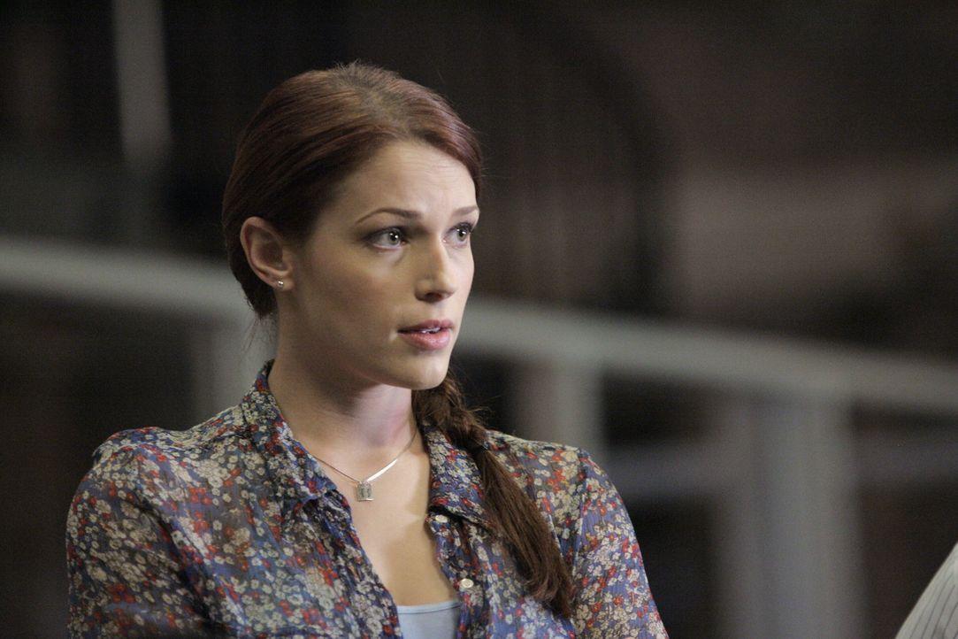 Das CBI-Team versucht den Mord an Ed Didrikson aufzudecken. Grace (Amanda Righetti) und ihre Kollegen beginnen mit den Ermittlungen ... - Bildquelle: Warner Bros. Television