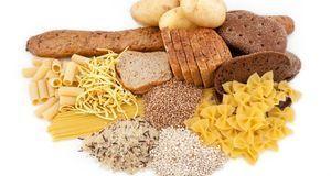 In Phase 1 der Diät sollten Abnehmwillige auf Kohlenhydrate am besten ganz ve...