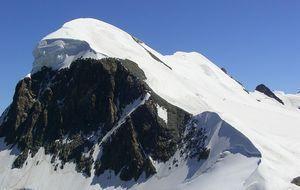 Berg mit Schnee