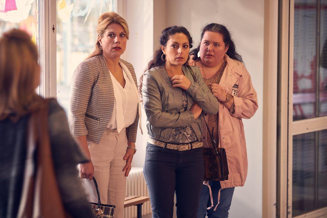(v.l.n.r.) Ursula (Isabella Schmid); Mel (Tanya Erartsin); Kim (Nadja Zwanziger) - Bildquelle: Frank Dicks SAT.1 / Frank Dicks