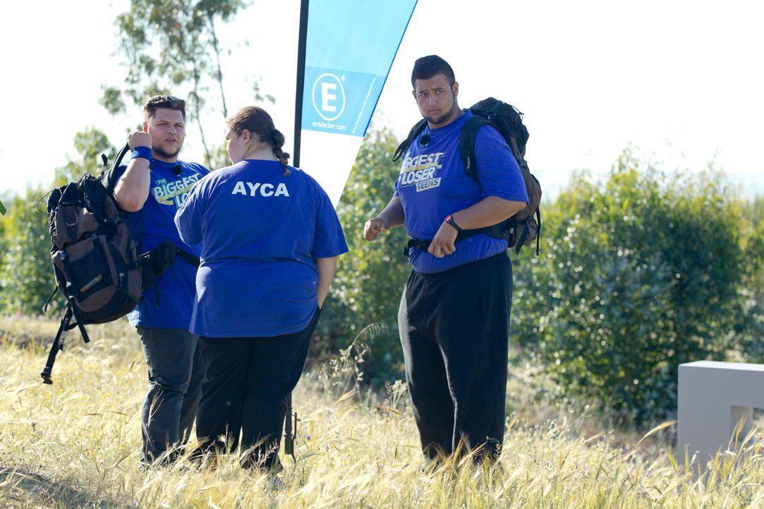 Mitten in der andalusischen Wildnis beginnt für (v.l.n.r.) Lukas, Ayca und Erfan eine Challenge der besonderen Art ... - Bildquelle: Enrique Cano SAT.1