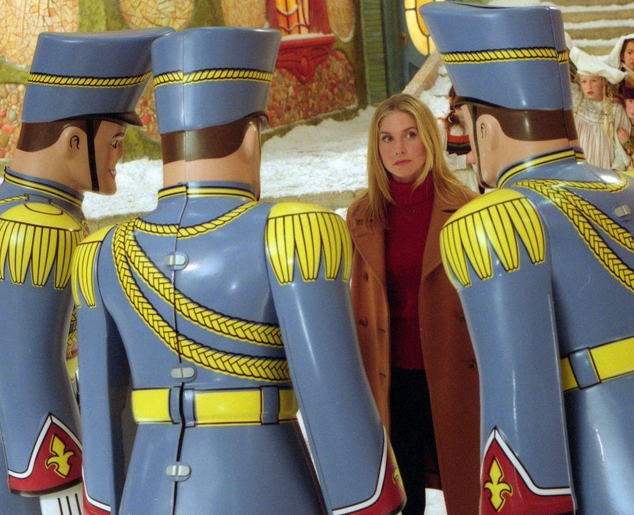 Lässt sich nicht einschüchtern: Carol (Elizabeth Mitchell) ... - Bildquelle: Walt Disney Pictures