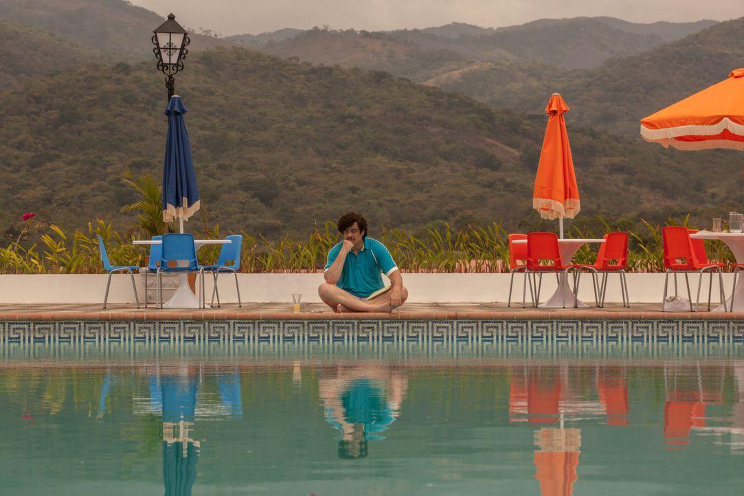 Der skrupellose Drogenboss Pablo Escobar (Benicio Del Toro) schreckt vor nichts und niemandem zurück, wenn es darum geht sein Vermögen, sein Ansehen... - Bildquelle: 2014 CHAPTER 2 - NORSEAN PLUS - PARADISE LOST FILM A.I.E