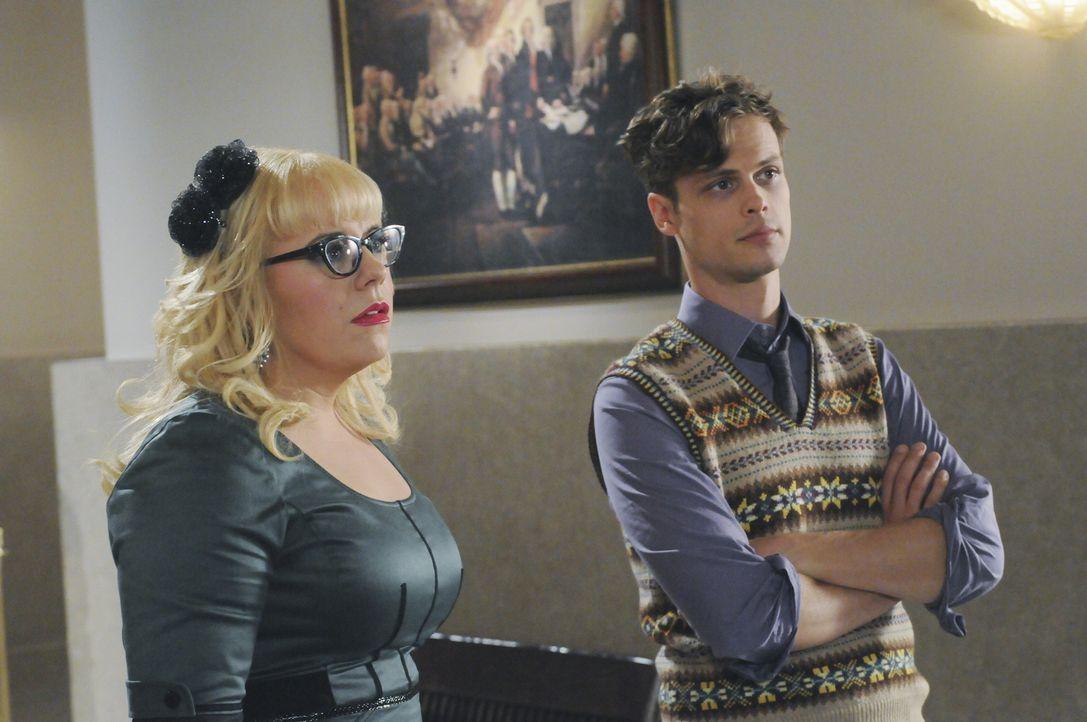 Sind froh, Prentiss wieder zurückzuhaben: Reid (Matthew Gray Gubler, r.) und Garcia (Kirsten Vangsness, l.) ... - Bildquelle: ABC Studios
