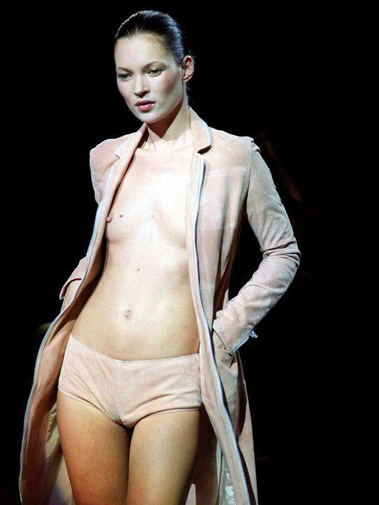 Kate-Moss-1999-09-23-dpa - Bildquelle: dpa