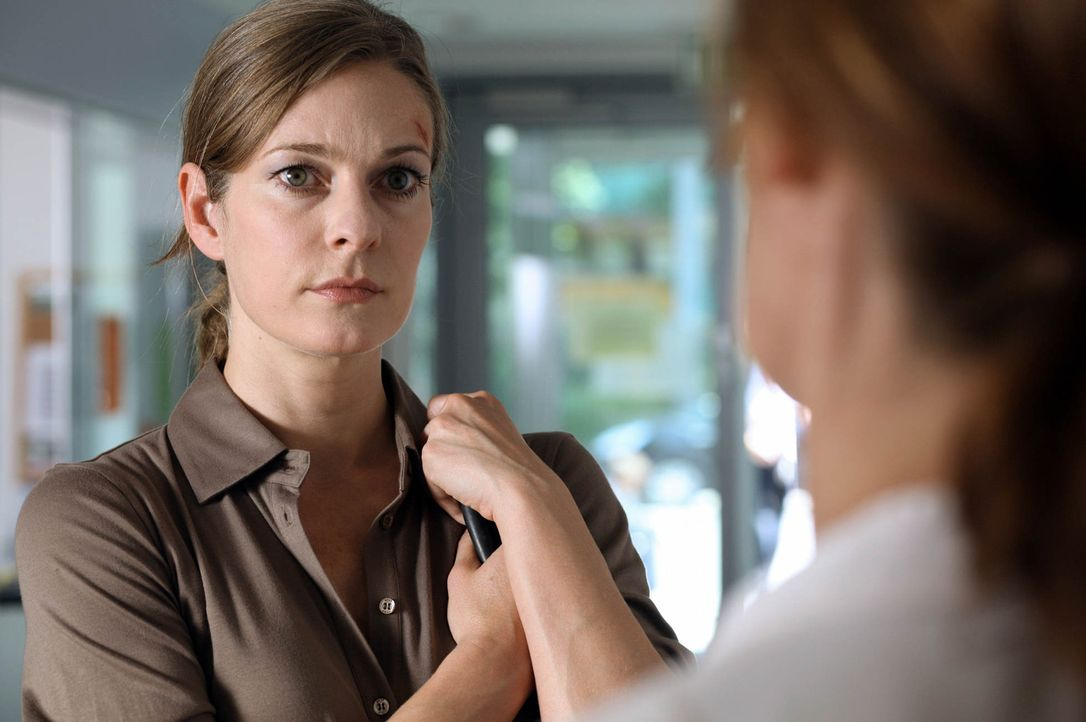 Maria (Lisa Martinek) hat alles, was sie sich immer gewünscht hat: einen guten Job, einen Mann, der sie liebt und eine liebenswerte Tochter. Doch d... - Bildquelle: SAT.1