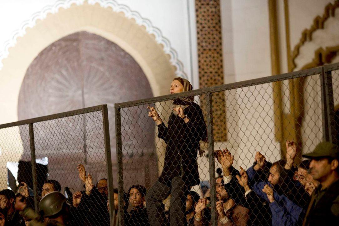Carrie (Claire Danes, oben) kann nicht verhindern, dass Brody geschnappt wird und das Todesurteil erhält. Sie kehrt zurück in die USA, wo sich inzwi... - Bildquelle: 2013 Twentieth Century Fox Film Corporation. All rights reserved.