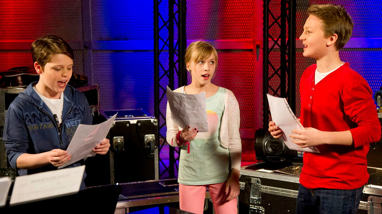 The-Voice-Kids-epi04-Thea-Sean-Finn-40-SAT1-Richard-Huebner - Bildquelle: SAT.1/Richard Hübner
