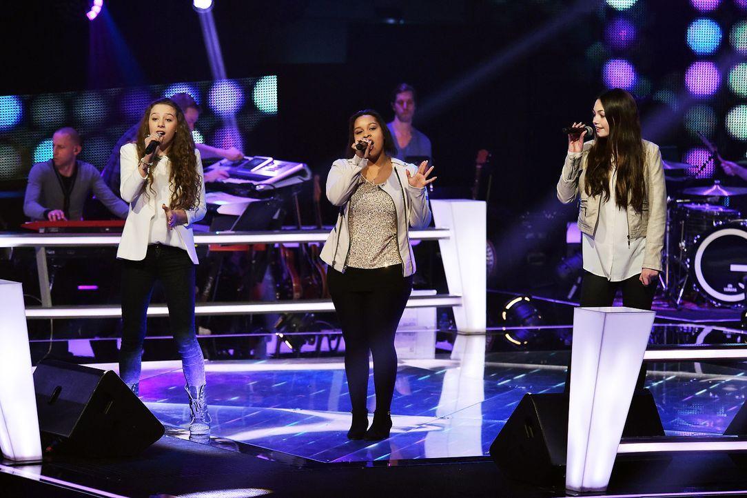 The-Voice-Kids-Stf03-Epi06-Auftritte-07-MollySue-Joli-Renee-SAT1-Andre-Kowalski - Bildquelle: SAT.1/Andre Kowalski