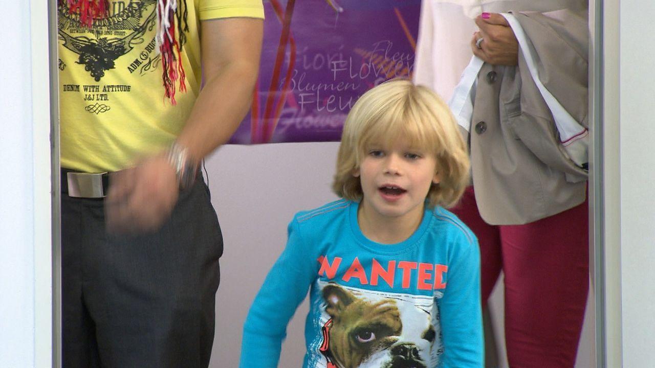 Der Vaterschaftstest beweist es schwarz auf weiß: Der sechsjährige Justus (Bild) ist nicht der leibliche Sohn von Benno Menke ... - Bildquelle: SAT.1