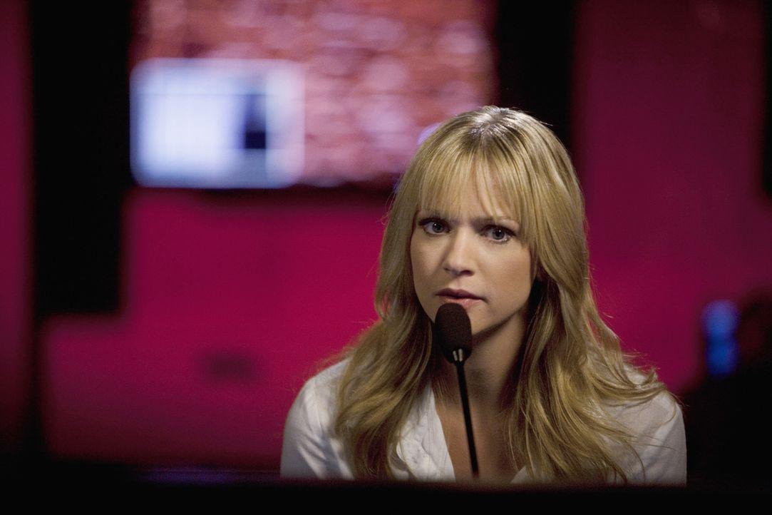 """Muss mit dem """"Fürsten der Finsternis"""" Kontakt aufnehmen, um Ellie zu retten und weitere Morde zu verhindern: JJ (AJ Cook) ... - Bildquelle: Touchstone Television"""