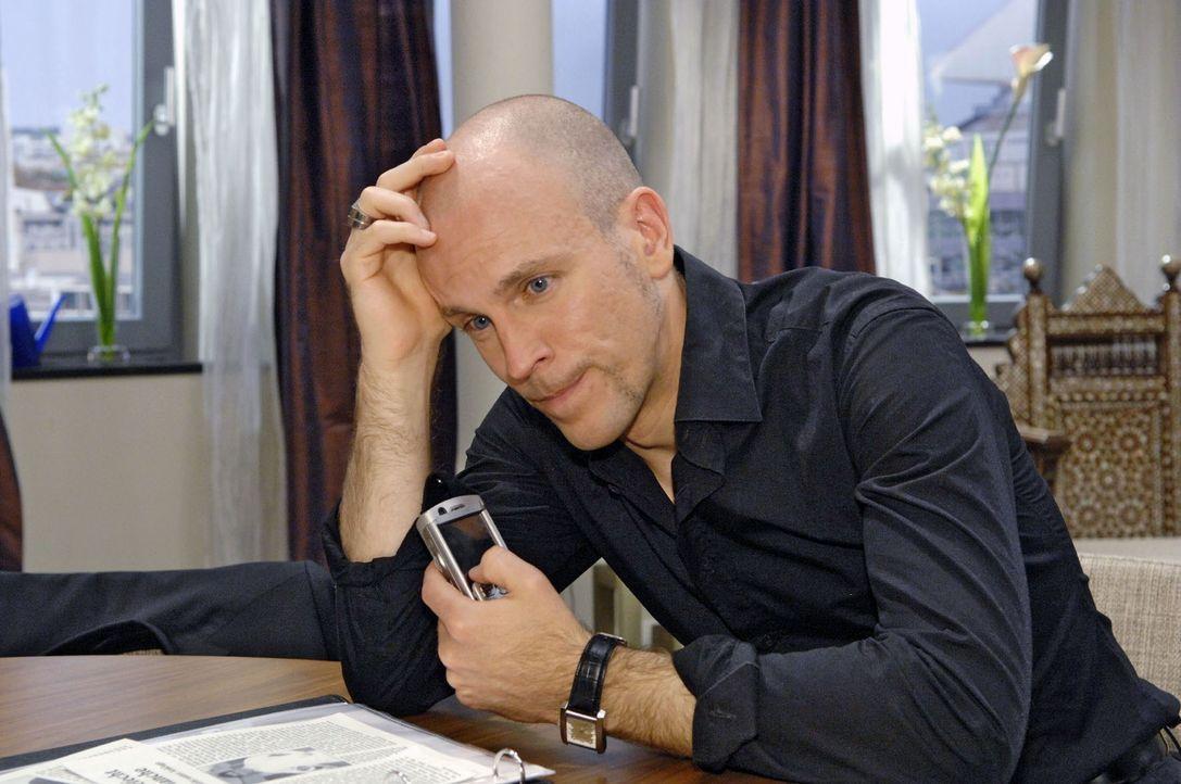Gerrit (Lars Löllmann) kann das erforderliche Geld nicht auftreiben. - Bildquelle: Sat.1