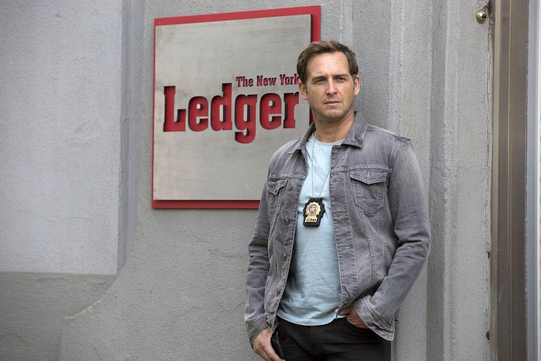 Jake (Josh Lucas) und sein Team haben eine gewagte Theorie, als die Ehefrau eines Medienmoguls plötzlich verschwindet ... - Bildquelle: 2015 Warner Bros. Entertainment, Inc.