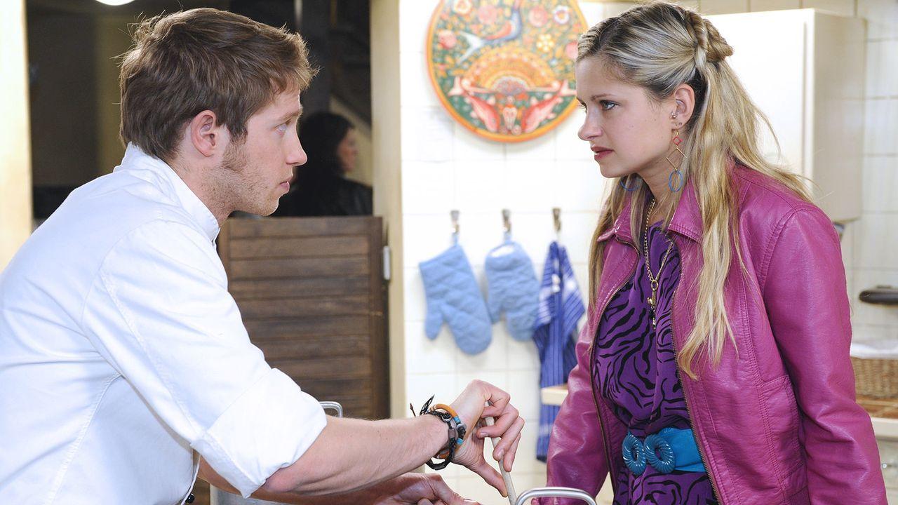 Anna-und-die-Liebe-Folge-324-01-Sat1-Oliver-Ziebe - Bildquelle: SAT.1/Oliver Ziebe