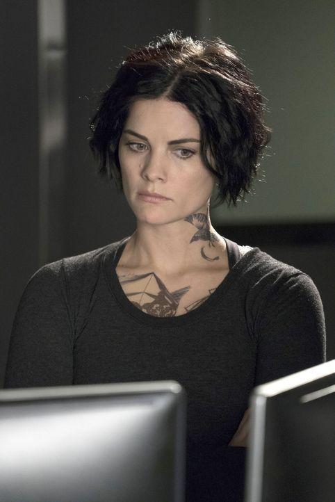Wird immer wieder von Erinnerungen eingeholt : Jane (Jaimie Alexander) ... - Bildquelle: Warner Brothers