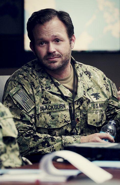 Blackburn (Judd Lormand) begibt sich mit den Navy SEALs auf eine gefährliche Rettungsmission im südchinesischen Meer, doch der Einsatz verläuft ande... - Bildquelle: Monty Brinton Monty Brinton/CBS   2017 CBS Broadcasting, Inc. All Rights Reserved.