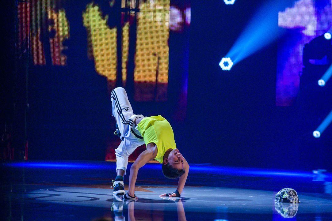Zeigt im Breakdance, was er drauf hat. Doch reicht es für Bboy Sonek zum Sieg? - Bildquelle: Frank Dicks SAT.1