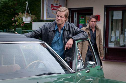 Mick (Henning Baum) beschließt deshalb, mal eine klare Ansage Richtung Meisner loszulassen... - Bildquelle: Martin Rottenkolber - Sat1