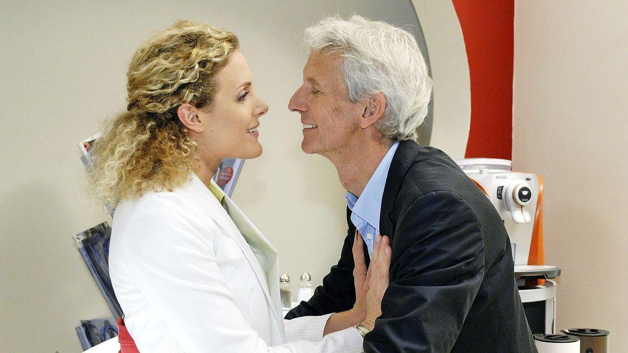 Anna-und-die-Liebe-Folge-37-02-sat1-oliver-ziebe - Bildquelle: SAT.1/Oliver Ziebe