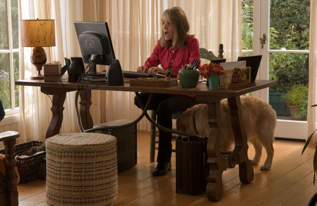 Sucht im Internet den passenden Bräutigam für ihre jüngste Tochter: Alleinerziehende Mutter Daphne Wilder (Diane Keaton) ... - Bildquelle: Warner Brothers