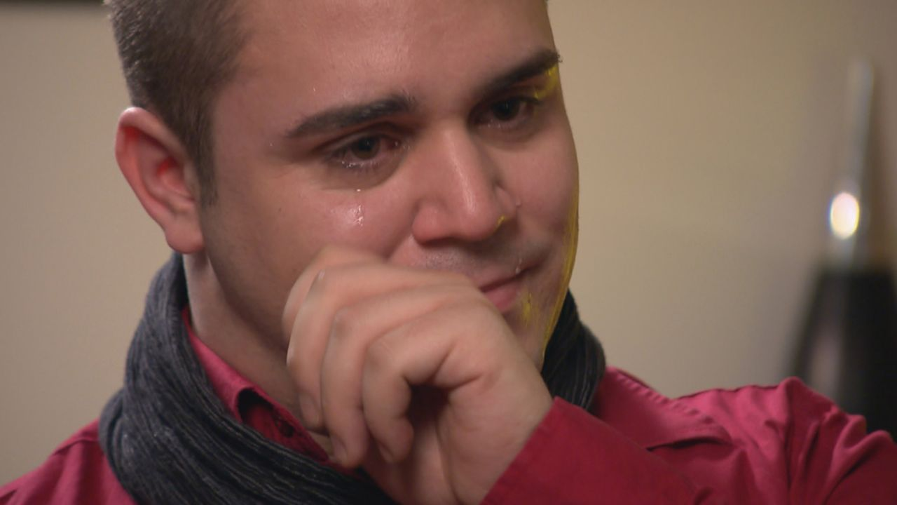 Der 24-jährige Timo sucht in Rumänien nach seinen Wurzeln und seiner leiblichen Mutter. Sie gab ihn als Baby in die Hände deutscher Adoptiveltern, d... - Bildquelle: SAT.1