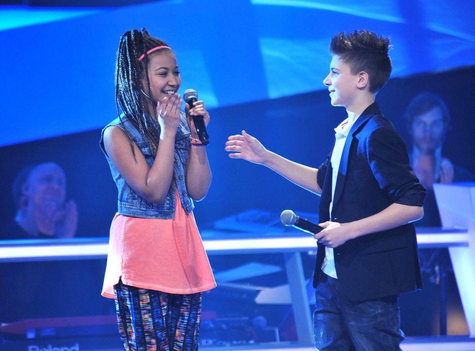 The-Voice-Kids-Stf02-Epi06-Naomi-Lukas-79-SAT1-Andre-Kowalski - Bildquelle: SAT.1/Andre Kowalski