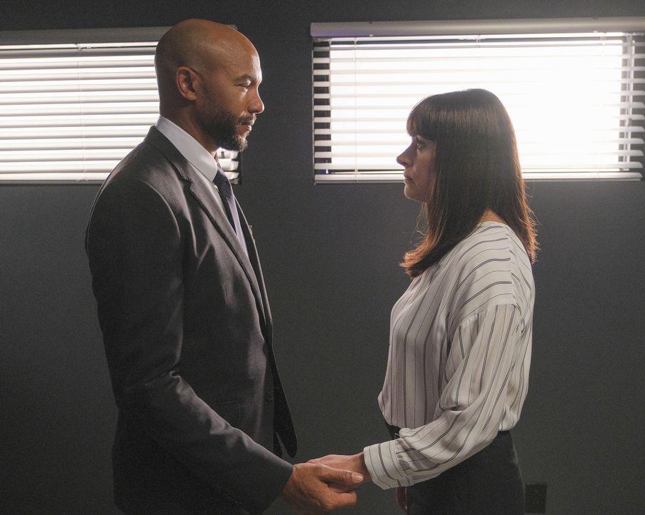 Andrew Mendoza (Stephen Bishop, l.); Emily Prentiss (Paget Brewster, r.) - Bildquelle: Darren Michaels ABC Studios / Darren Michaels