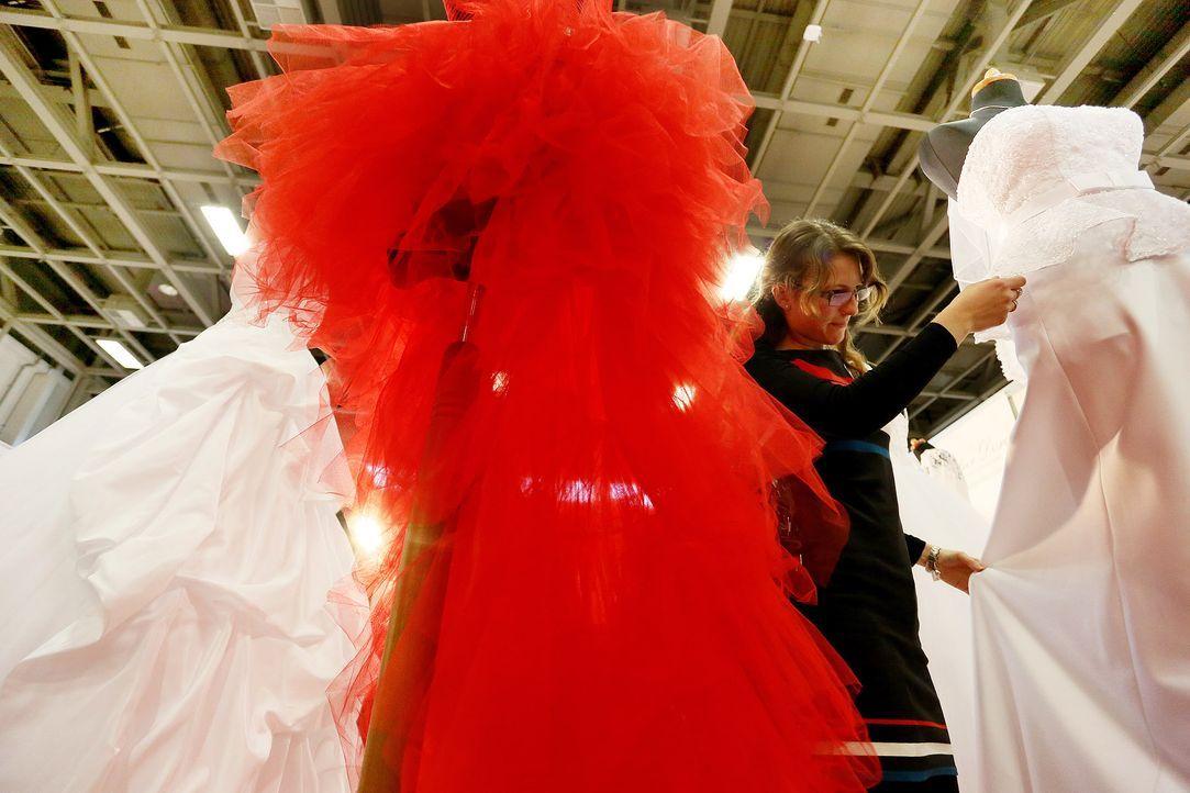 Hochzeitskleider-07-dpa - Bildquelle: dpa