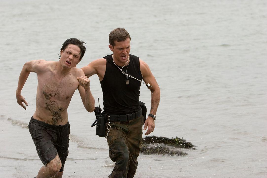 Um seiner Freundin Sophie beizustehen, lässt sich Ben (Gregory Smith, l.) ebenfalls ins Camp Serenity einweisen. Gemeinsam wagen sie die Flucht, doc...