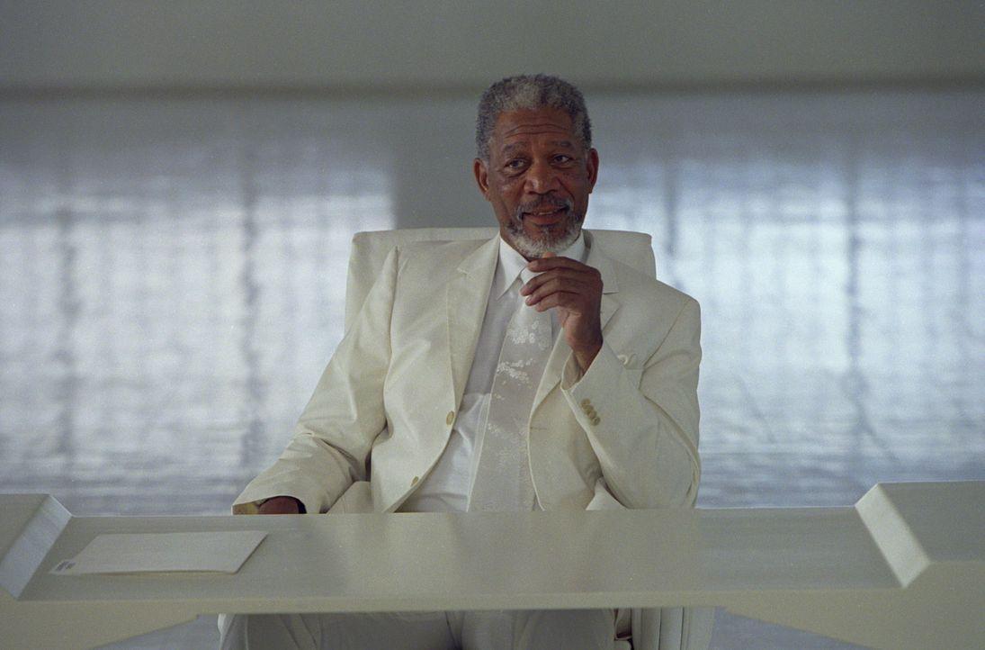 Gott (Morgan Freeman) überträgt seine Macht einem seiner Schäfchen, um selbst endlich mal Urlaub machen zu können. Doch ist der erfolglose Repor... - Bildquelle: 2003 Universal Studios. All rights reserved