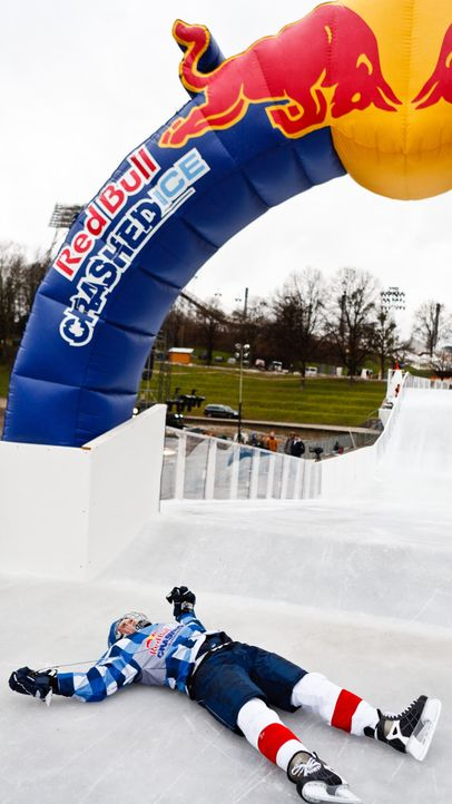 fruehstuecksfernsehen-matthias-killing-allgemein-009 - Bildquelle: Red Bull Crashed Ice/Hans Herbig Photography