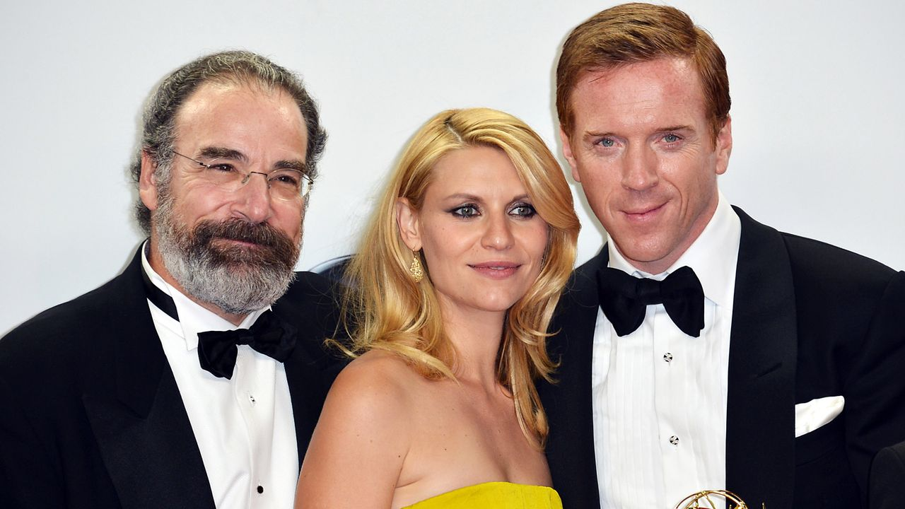 mandy-patinkin-claire-danes-damian-lewis-12-09-23-getty-AFP - Bildquelle: getty-AFP