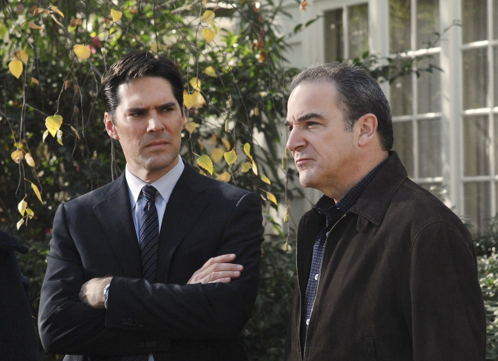Aaron Hotchner (Thomas Gibson, l.); Jason Gideon (Mandy Patinkin, r.) - Bildquelle: Monty Brinton 2007 Touchstone Television. All rights reserved. NO ARCHIVE. NO RESALE./ Monty Brinton